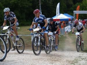 Pityikusz rajtol (bal oldalon) Fotó: Szegedi KSC