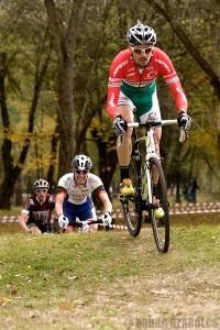 Itt még a szlovák Marek Canecky előtt